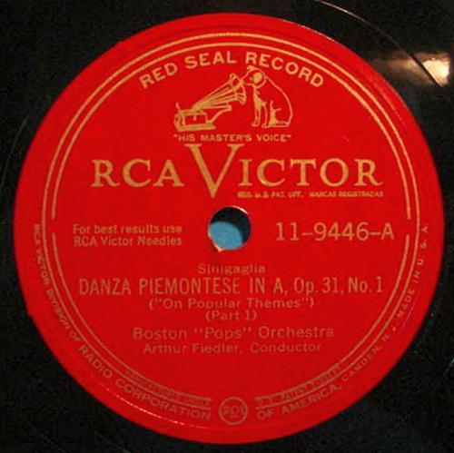 "ARTHUR FIEDLER 12"" 78 RPM Danza Piemontese - RCA Victor 11-9446"